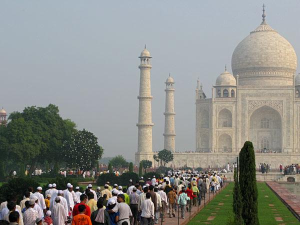 Devotees walking to prayer