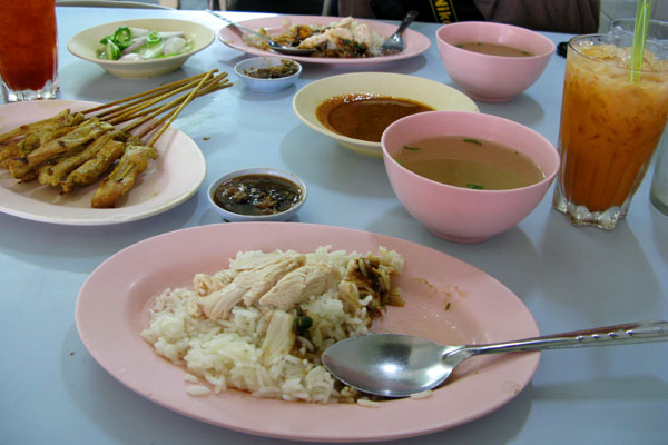We discovered the best boiled chicken restaurant in town,