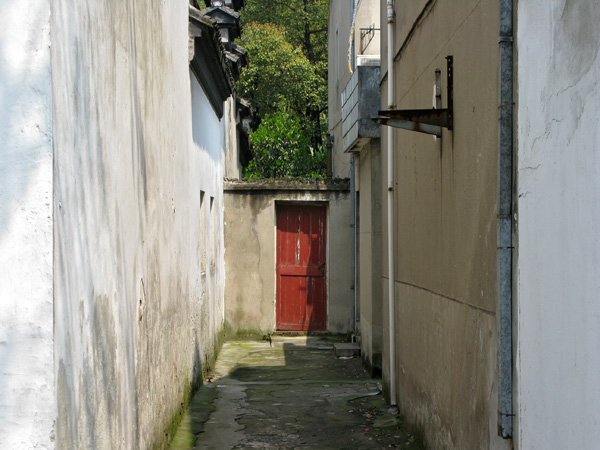The back alleys