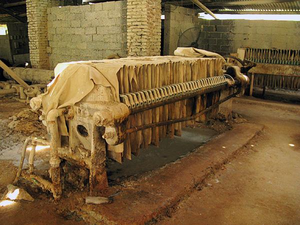 Clay compressor