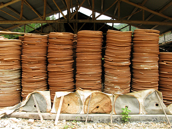 Pressed clay discs