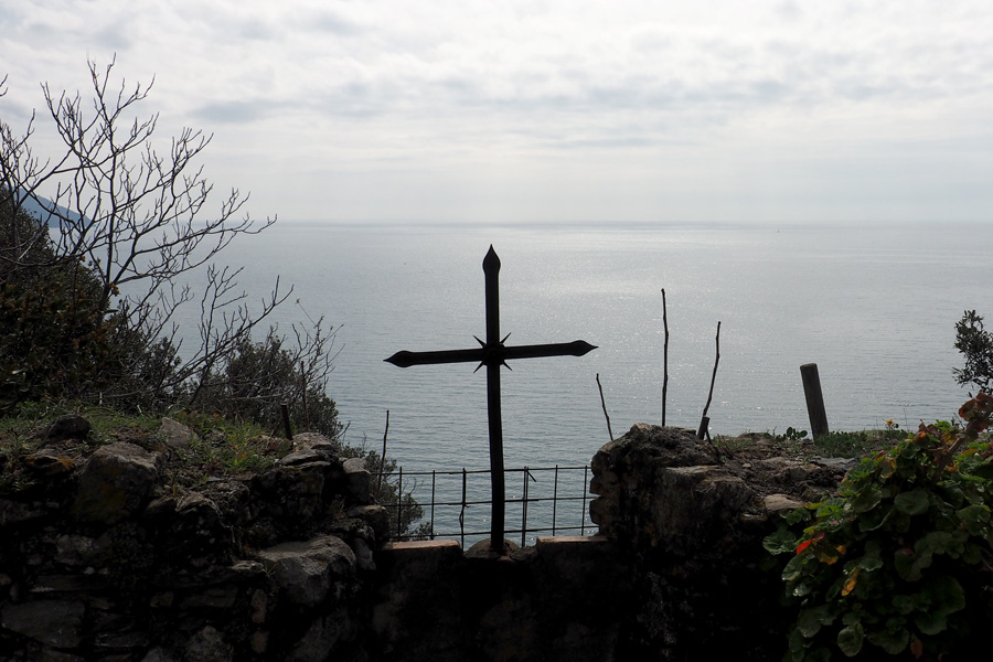 Monterosso Cemetery looking towards the Ligurian Sea