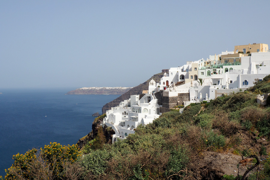 Thira sloping to the Sea