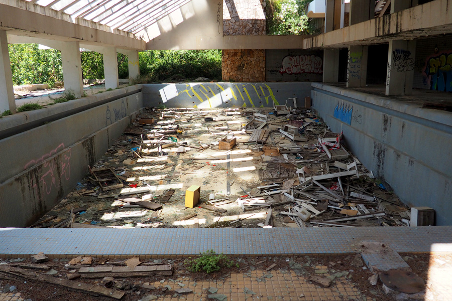 Abandoned children's resort pool in Jesla